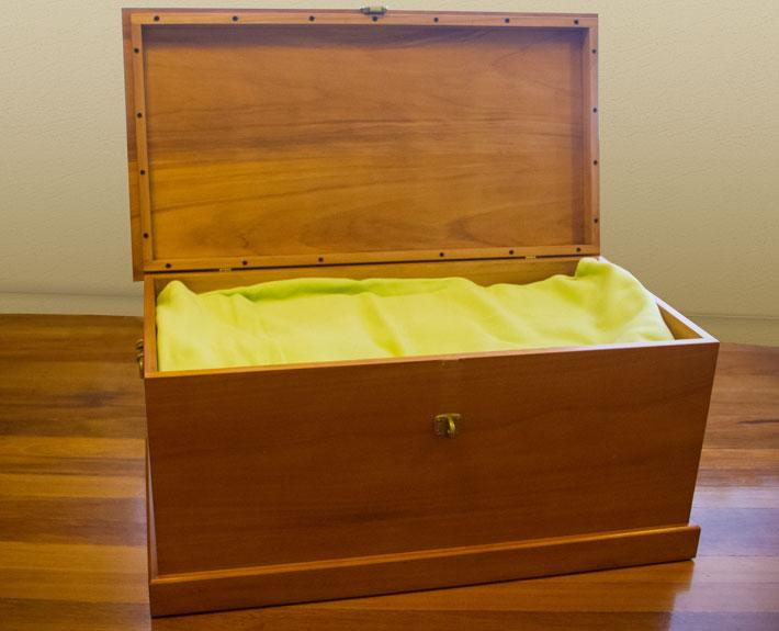 Linen, Blanket Or Storage Chest